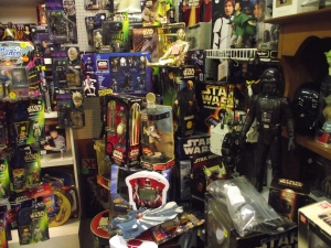 Rare Collectibles Commerce Township MI - Dixieland Flea Market - Dave-Watson-Star-Wars-items