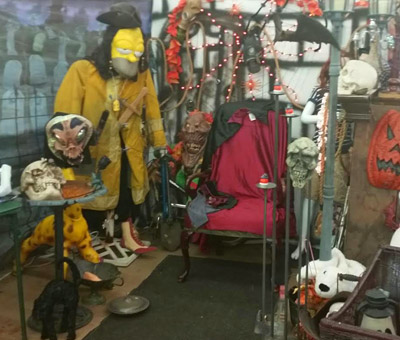 Become A Seller At Dixieland | Flea Market Vendor Waterford MI - indoor1